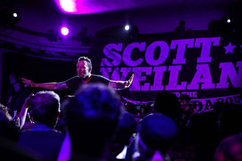 17 Scott-Weiland-Social-Hall-Misti-Layne_92