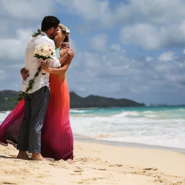 micro wedding intimate hawaii wedding photography by destination photographer Misti Layne